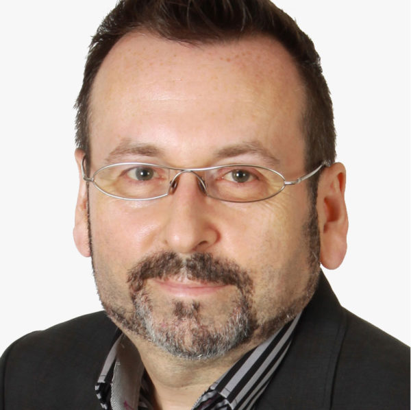 Christian Robillard | Ingénieur, Agent de brevets | Praxis